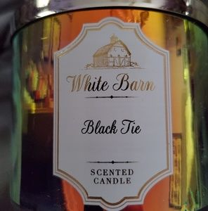 New bath and body works 3 wick black tie candle